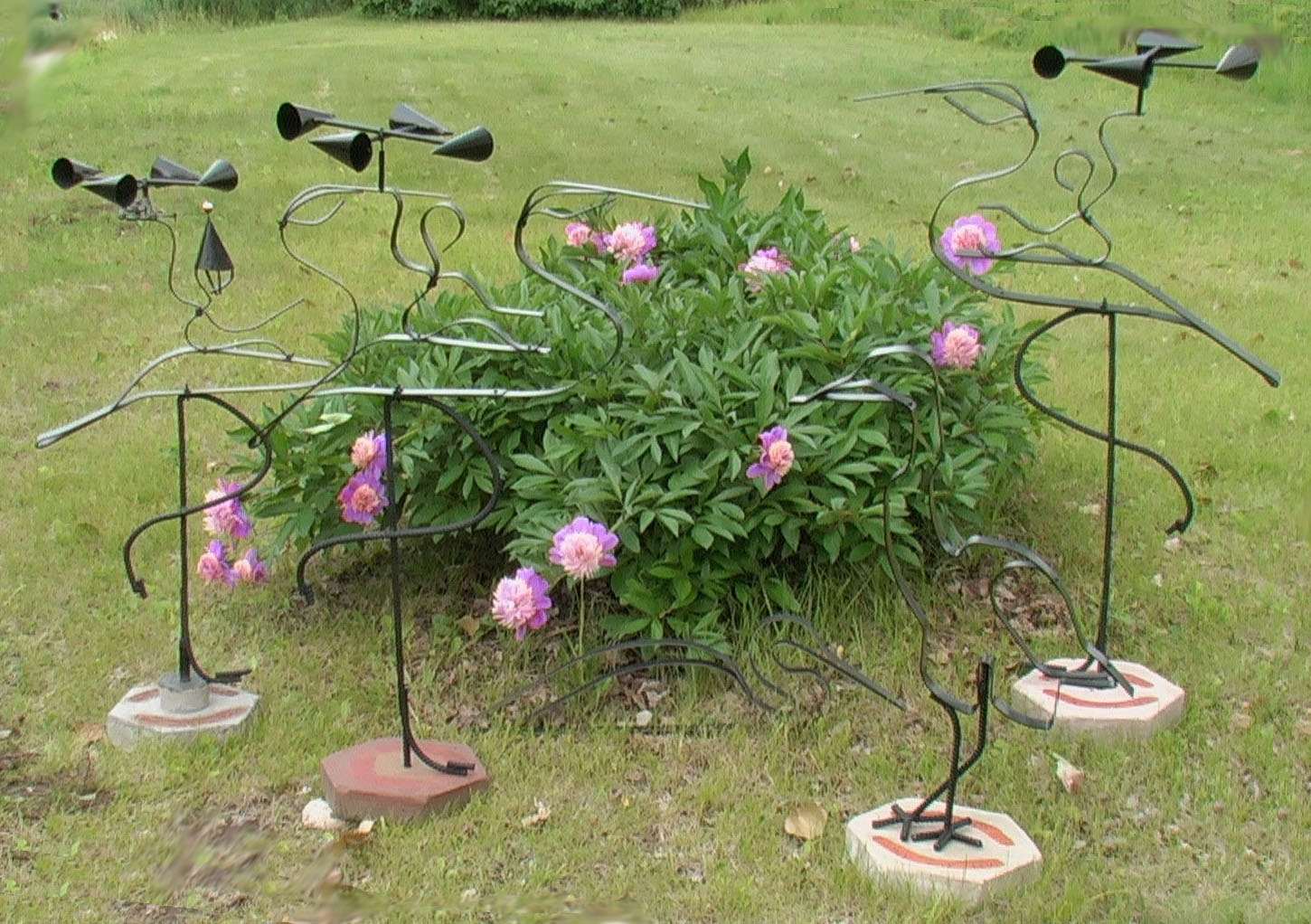 you make some garden sculptures it would look great in our garden